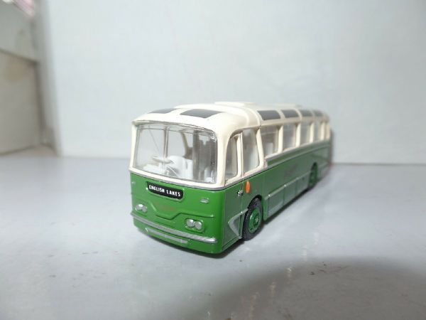 EFE 12107 Harrington Cavalier Coach  Southdown White Roof English Lakes UB